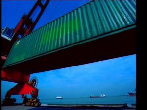 码头装卸集装箱