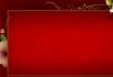 背景深红色花纹生长