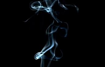 蓝色透明烟雾