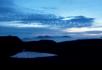 夜晚下的小河