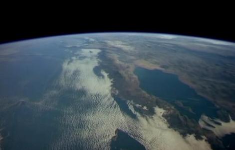 太空看美丽地球