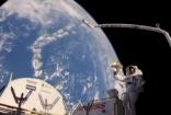 宇航员太空操作