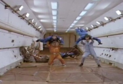宇航员失重试验