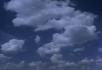 蓝天上跑云