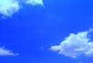 蓝天跑白云